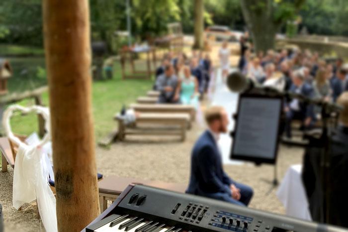 Eugen_Nevo_Hochzeitssänger_Pianist_1